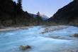 Flusslauf im Abendlicht in Tirol