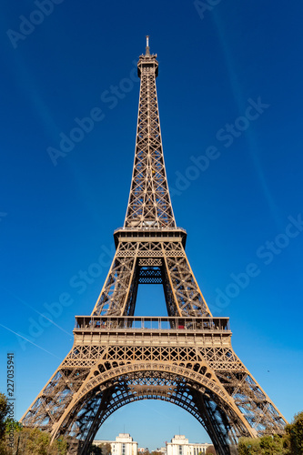Tour Eiffel paris tower symbol close up detail - 227035941