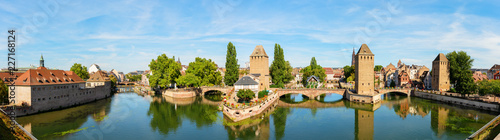 Foto Murales three bridges Pont Couverts over the river Ill in Strasbourg, France