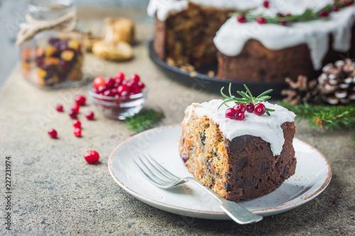 Leinwandbild Motiv Traditional Christmas cake