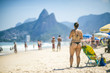 Quadro Scenic view of Ipanema Beach on a bright summer afternoon under a looming silhouette of Two Brothers Mountain in Rio de Janeiro, Brazil