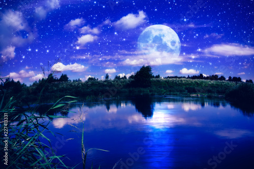 obraz PCV Full moon over river