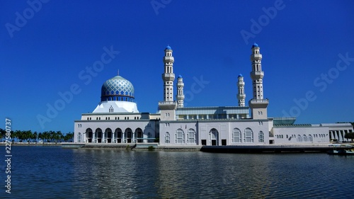 Foto Murales The City Mosque of Kota Kinabalu, Sabah