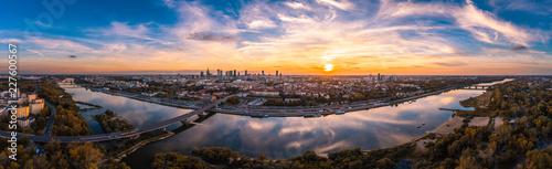 Warszawska panorama z lotu ptaka - 227600567