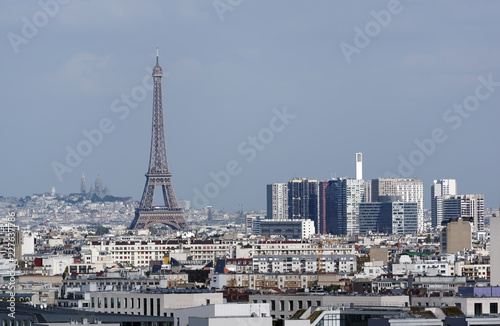 Wall mural Eiffel tower and Paris roofs