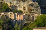 Vue panoramique sur le village de Moustiers-Sainte-Marie. Provence, France.