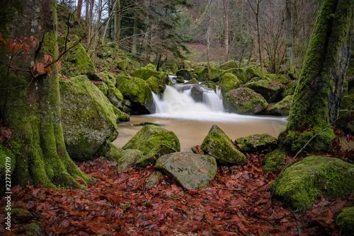 Wasserfall 2 - 227790719