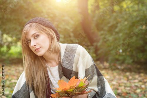 Foto Murales Young beautiful woman lying