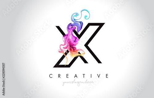X Wibrujący Kreatywnie Leter loga projekt z Kolorowym Dymnym atramentu Płynie wektor.