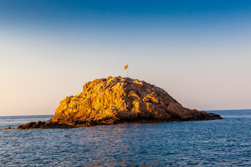 Tossa Beach coastline, rocks, islands and cliffs by the shore © Daniel
