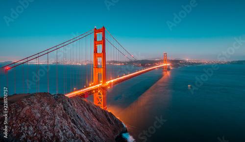 Leinwandbild Motiv Golden Gate Bridge at twilight, San Francisco, California, USA