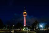 Richtfunkturm Bremerhafen bei Nacht - 228241709