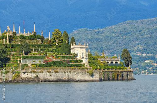 Leinwandbild Motiv Isola Bella, Borromäische Inseln, Lago Maggiore, Piemont in Italien - Isola Bella, Borromean Islands, Lago Maggiore, Piedmont