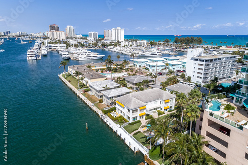 Fort Lauderdale Beach View - 228403940
