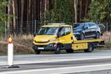 Abschleppwagen auf der deutschen Autobahn