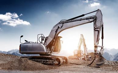 excavators at work © XtravaganT