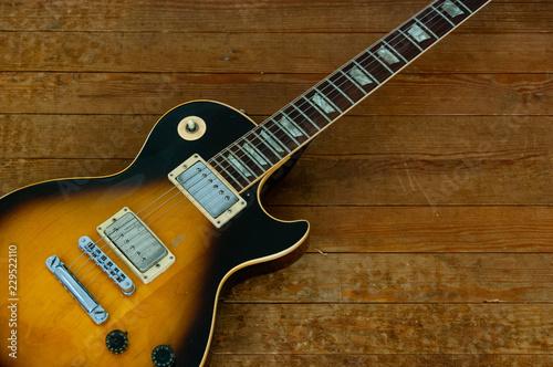 Vintage Tobacco Sunburst Electric Guitar - 229522110