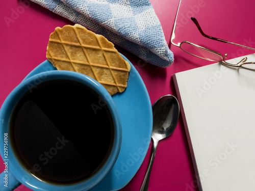 Coffee Break with a Book - 229756908