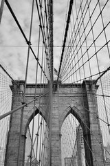 Pont de Brooklyn en noir et blanc © juju