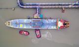 oil tanker - 230803714
