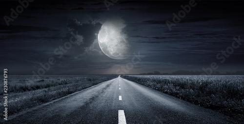 Leinwanddruck Bild asphalt road night