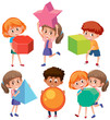 Children character holding geometry shapes - 231094536