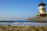 ocean pier with lifeguard tower - 231109114
