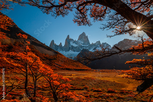 Leinwanddruck Bild Beautiful autumn view Fitz Roy mountain. Patagonia, Argentina