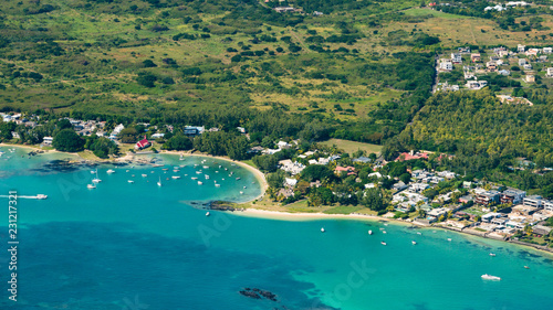 Foto Murales Aerial picture of Cap Malheureux Bay
