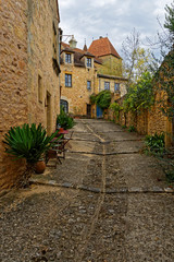 Ruelle  © Pictures news