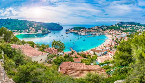 Leinwanddruck Bild Panoramic view of Porte de Soller, Palma Mallorca, Spain