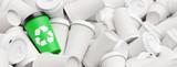 Recycling Konzept mit Abfall Kaffeebechern und Logo - 232058375