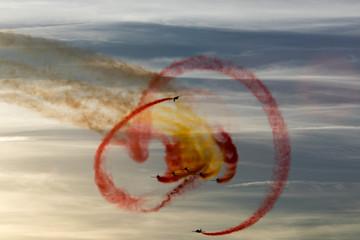planes doing stunts © Javier