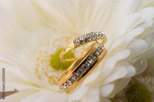wedding ring - 232136316