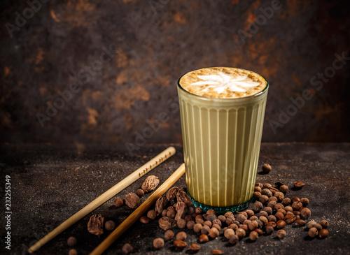 Leinwanddruck Bild Spice chai latte