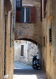 Mediterranean alley in ancient city - 232280311