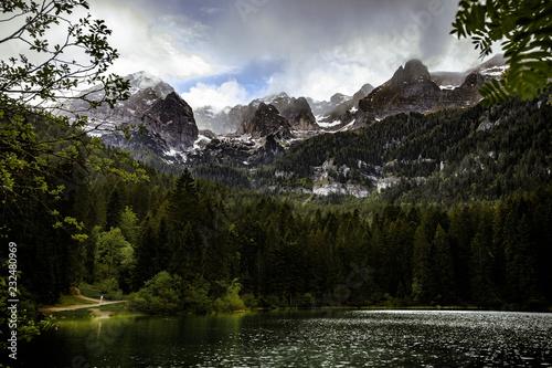 Tovel Mountains