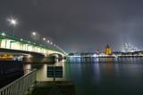 Brücke und der Kölner Dom - 232774374