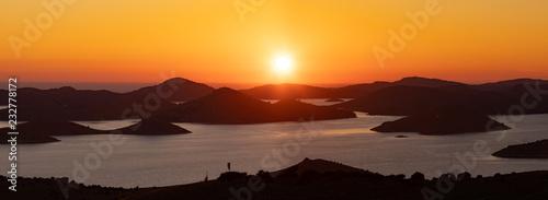 fototapeta na ścianę romantic islands at sunset