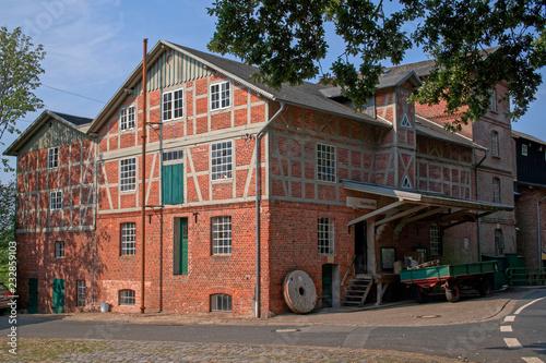 Leinwanddruck Bild Scheesseler Mühle historisch