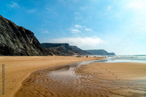 Foto Murales Summer Ocean Beach And Mountains Landscape In Portugal
