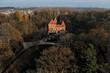 Zamek w Oporowie, Polska