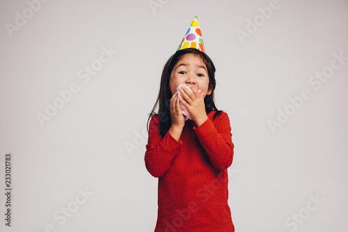 Foto Murales Kid eating candy floss