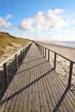 Holzweg am Strand auf Sylt - 233138546
