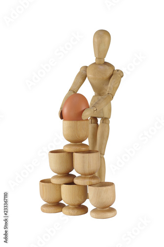 pyramid from stands with egg and dummy