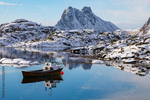 Zima na Lofotach