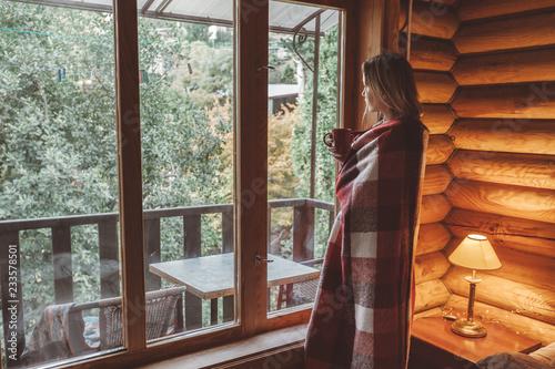 Przytulny zimowy weekend w chatce