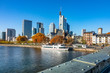 Mainufer und Skyline Frankfurt