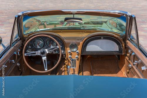 altes amerikanisches cabriolet offen