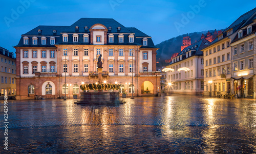 Marktplatz in Heidelberg im Winter, Baden-Württemberg, Deutschland